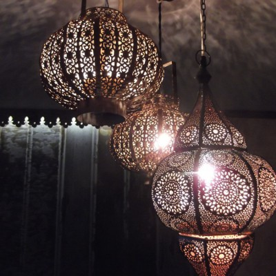 Ljuslyktor blir till lampor